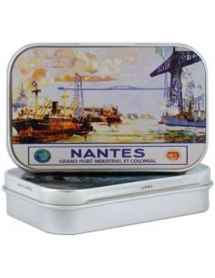 Boîte Région Nantes - Grand port industriel garnie